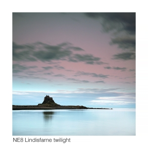 NE8 Lindisfarne twilight web 0110